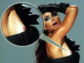 Ани Лорак красовалась оголенной грудью на съемках клипа.