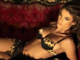 Женщина Джорджа Клуни в рекламе белья Roberto Cavalli (ФОТО)