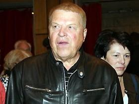 М. Кокшенов