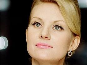 Возродившийся Литвинова переработала собственное лицо при помощи ботокса