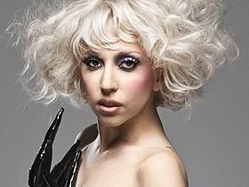 Леди Гага снялась топлесс для обложки Q Magazine (ФОТО)