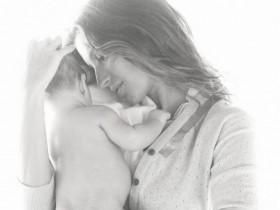 Жизель Бундхен снялась с новорожденным сыном для Vogue(ФОТО)