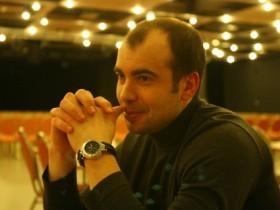 В. Завальнюк