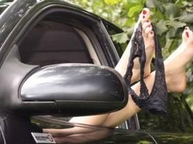 секс в автомобиле