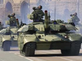 военнослужащий парад