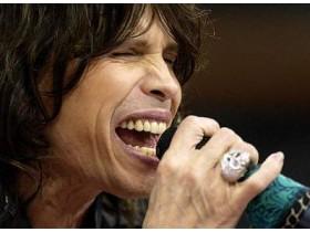 Вокалист Aerosmith занялся сольной карьерой