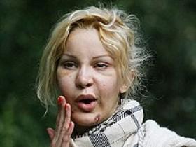 Алисия Дюваль