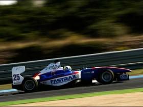 Нико Мюллер GP3