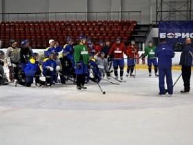 Льюис сборная Украины по хоккею