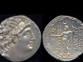 месячное затмение Юпитера,старая монетка