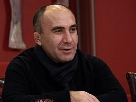 Р. Савлохов
