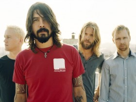 Foo Fighters,