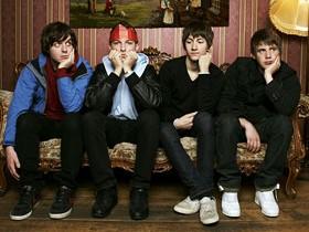 Arctic Monkeys,