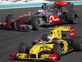 Петров,Lotus-Renault
