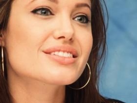 Анджелина Джоли, Вздор Питт