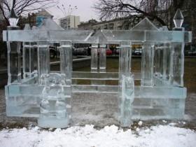 льдистые статуи