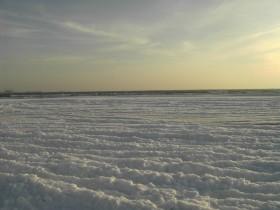 подмерзшее море