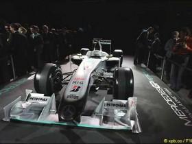 Мерседес GP MGP W01