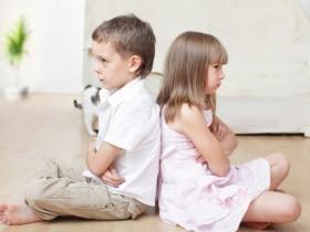 Ссоры между детьми стимулируют опекуны