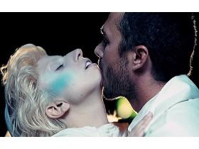 Леди Гага забросила собственного вурдалака