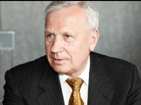 В. Колосков