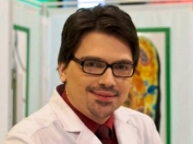 Дмитрий Напалков