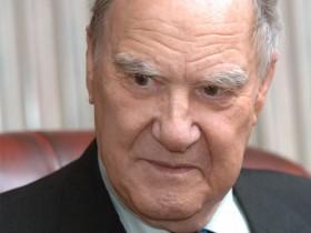 Сергей Капица