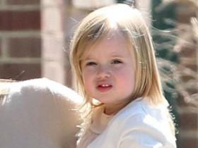 дочь Джоли