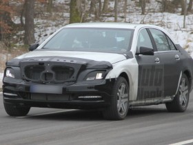 Mercedes-Benz,