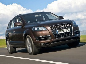 Audi,Q7