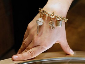 богатство, рука