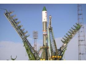 На Байконуре начаты работы по подготовке ракеты