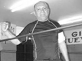 Исидро Перес