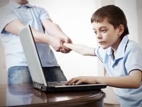 малыш и персональный компьютер