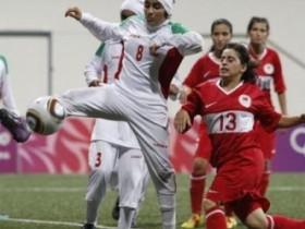 Поклонники FIFA требуют сделать женские чемпионаты