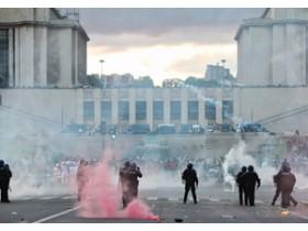 массовые волнения во Франкфурте
