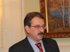 В. Лукьяненко