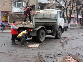 Монтажом дорог
