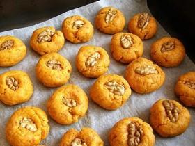 светло-оранжевое печенье