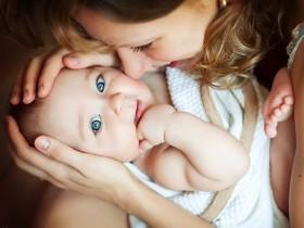 мать,ребенок