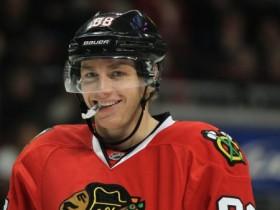 Самые лучшие игроки дня в НХЛ: Кейн, Кроуфорд и Биккель