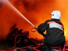 Центр Киева лишен света из-за пожара на улице Васильковской