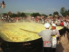 огромный омлет