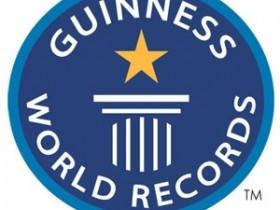 роджер,Мениз,невысокая,нотка,книжка,рекордов,Гиннесса