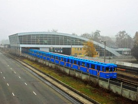 метро,наземное