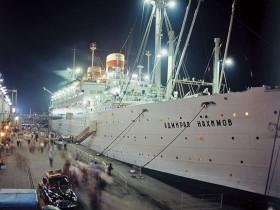 """Катастрофа парохода """"Генерал Нахимов"""": Винокура вытащили товарищи"""