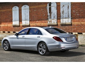 Mercedes-Benz S-Class - Pullman