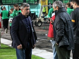 Мирча Луческу отказался пожать руку тренеру «Карпат» (ВИДЕО)