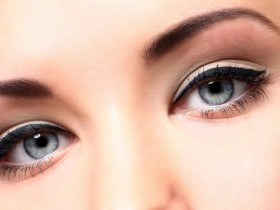 стрелки на глазах