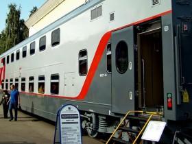 поезд ржд, трехэтажный